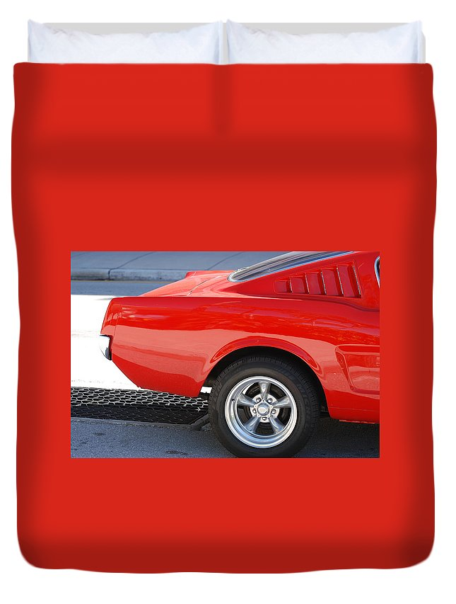 Ford Duvet Cover featuring the photograph Fastback Mustang by Rob Hans