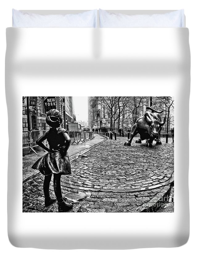 Fearless Girl Statue Duvet Cover featuring the photograph Fearless Girl and Wall Street Bull Statues 3 BW by Nishanth Gopinathan