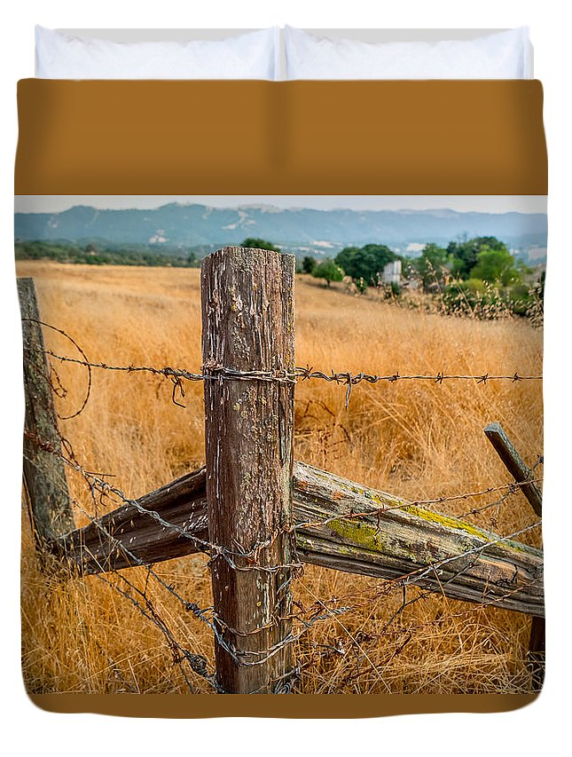 Ranch Duvet Cover featuring the photograph Fence Posts by Derek Dean