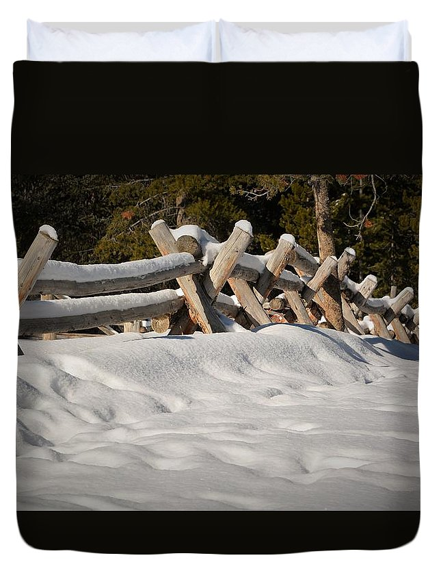 Idaho Duvet Cover featuring the photograph Fenced In White by Joseph Tomarchio