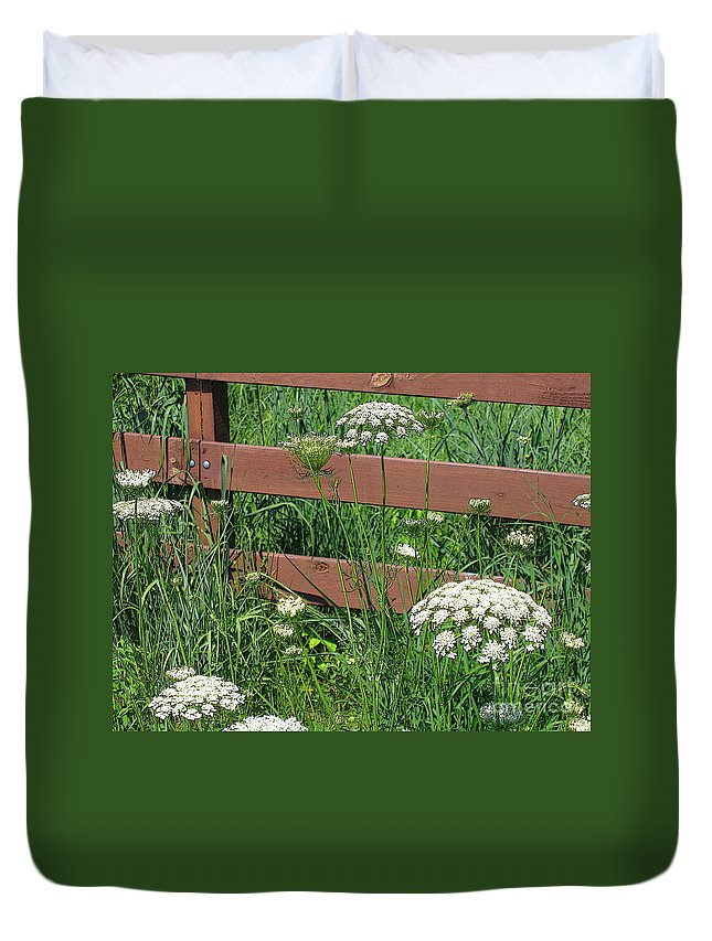 Flower Duvet Cover featuring the photograph Field Of Lace by Ann Horn