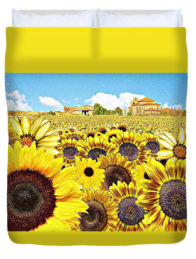 Sunflowers Duvet Cover featuring the photograph Field Of Sunflowers by Edelberto Cabrera