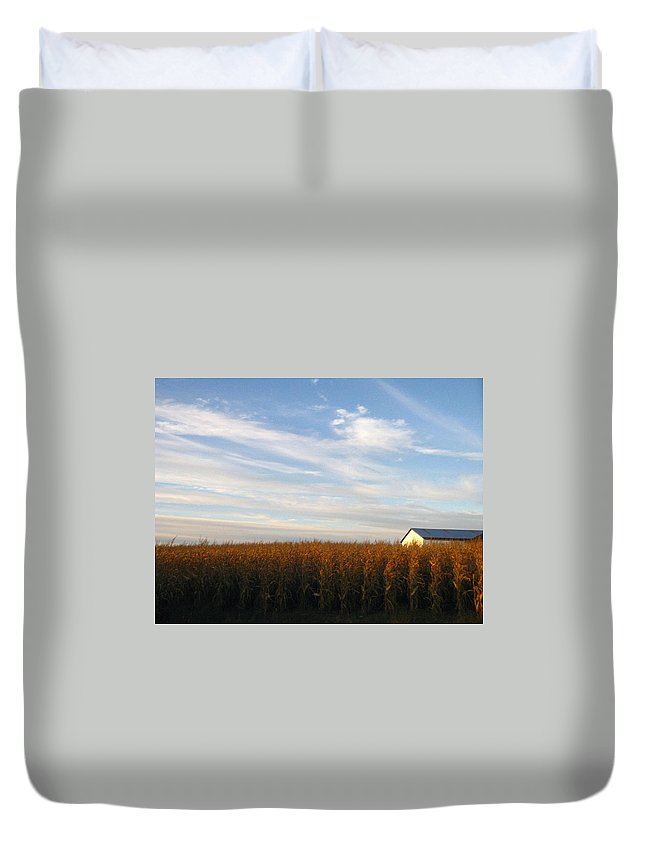 Country Duvet Cover featuring the photograph Fields Of Gold by Rhonda Barrett