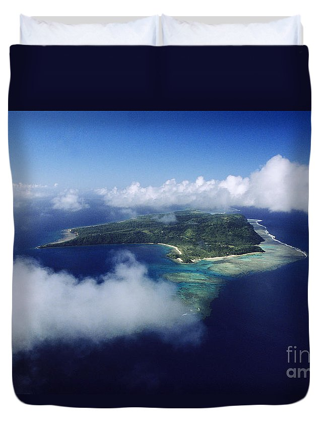 Aerial Duvet Cover featuring the photograph Fiji Aerial by Larry Dale Gordon - Printscapes