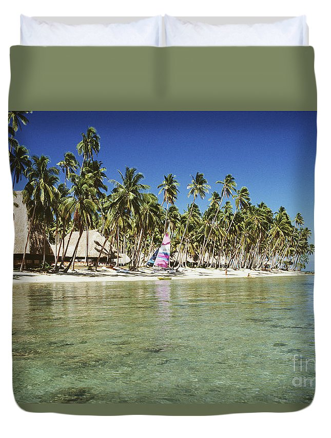 Beachfront Duvet Cover featuring the photograph Fiji Resort by Doug Cameron - Printscapes