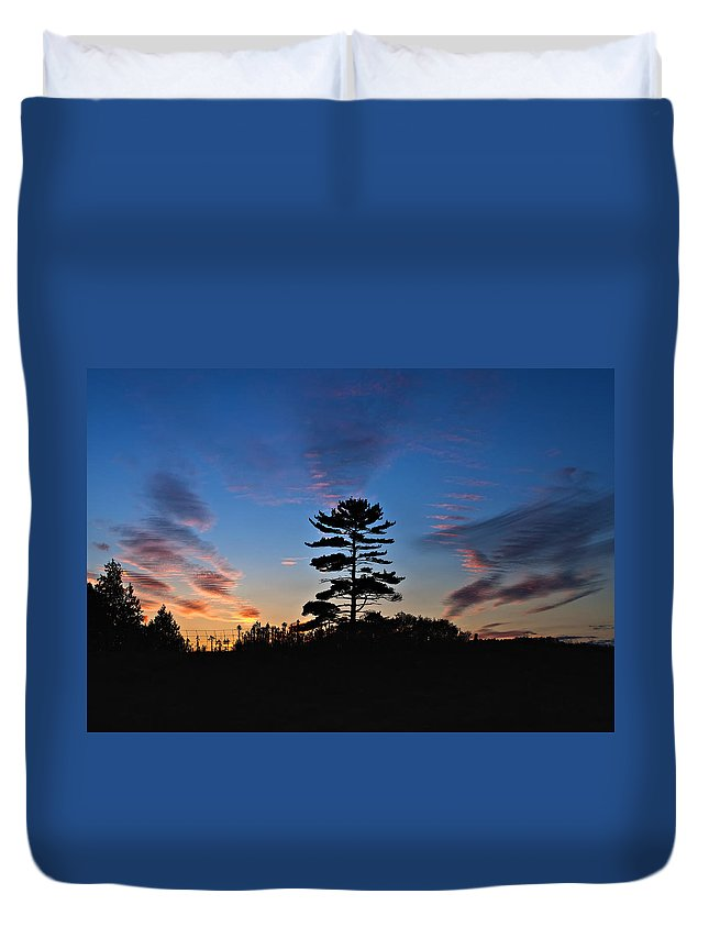 Sunset Duvet Cover featuring the photograph Finale by Steve Harrington