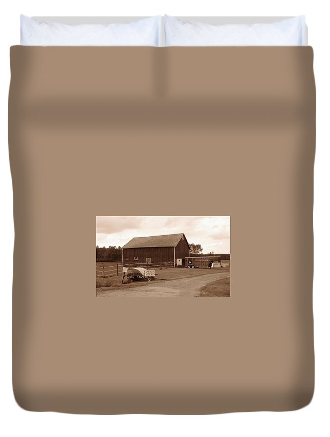 Barn Duvet Cover featuring the photograph Firewood For Sale by Rhonda Barrett