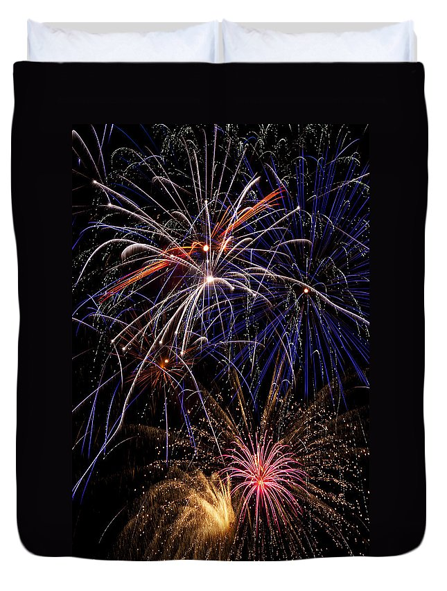 Fireworks 4th Of July Duvet Cover featuring the photograph Fireworks Celebration by Garry Gay