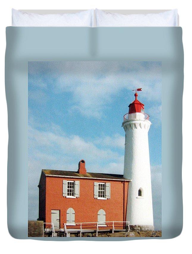 Fisgard Lighthouse Duvet Cover featuring the photograph Fisgard Lighthouse by Will Borden