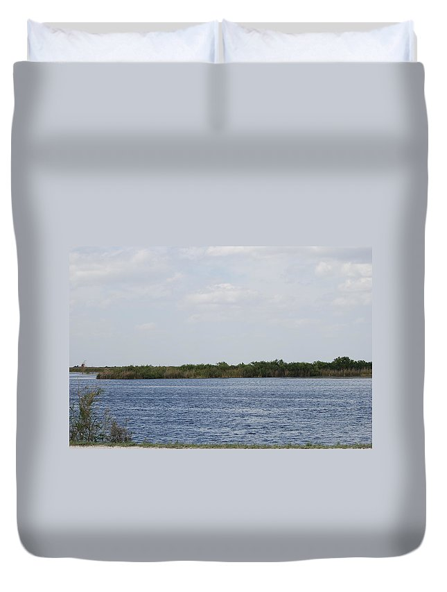 Water Duvet Cover featuring the photograph Fla Everglades by Rob Hans