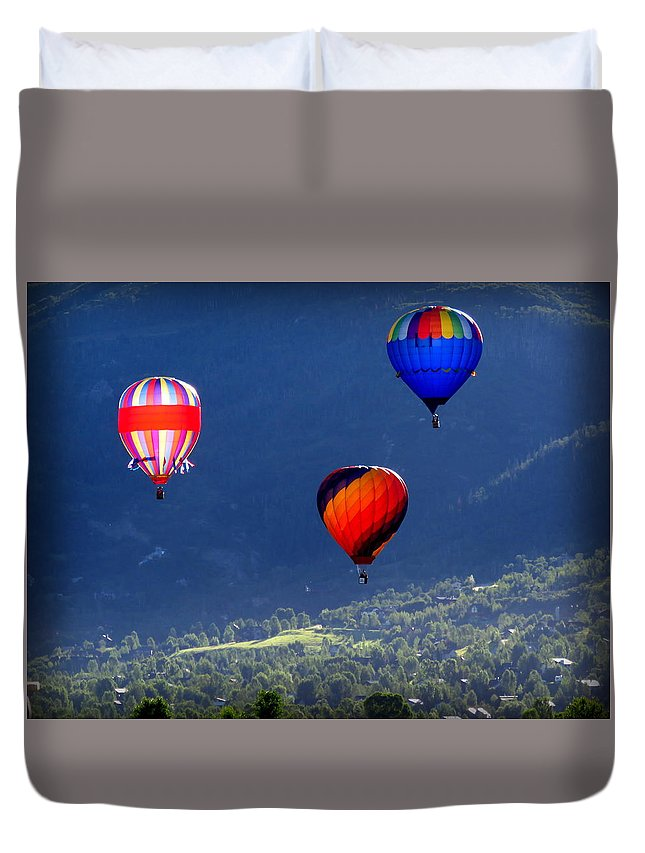 Diane M Dittus Duvet Cover featuring the photograph Floatin' In The Rockies 22 by Diane M Dittus