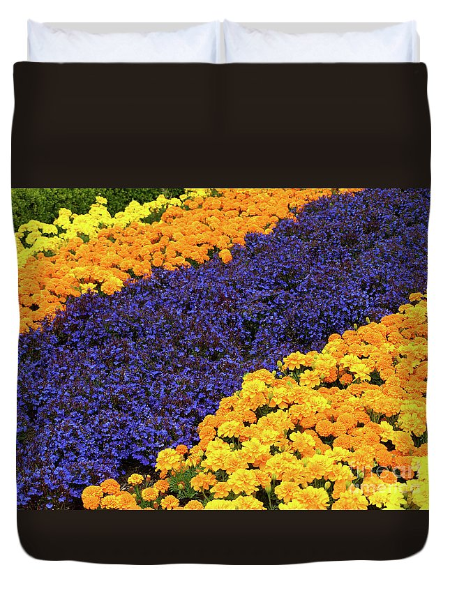 Gold Duvet Cover featuring the photograph Floral Carpet by Jacklyn Duryea Fraizer