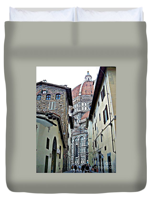 Florence Italy Duvet Cover featuring the photograph Florence Street by Tisha Clinkenbeard