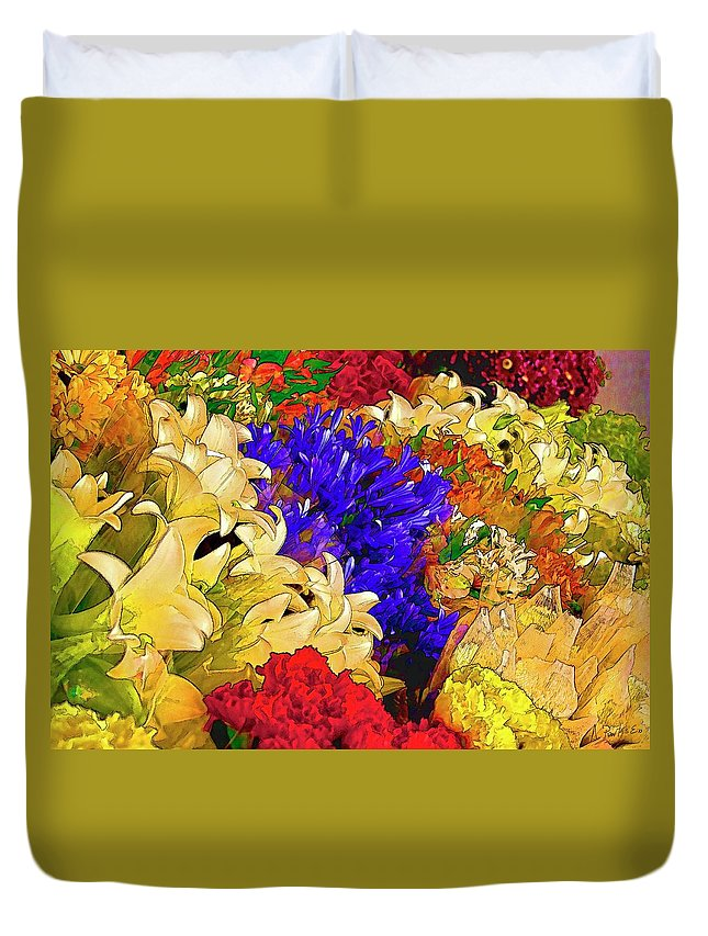 Southamerica Duvet Cover featuring the photograph Flores Y Lilas by Alexis Puertas