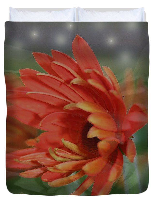Flowers Duvet Cover featuring the photograph Flower Dreams by Linda Sannuti