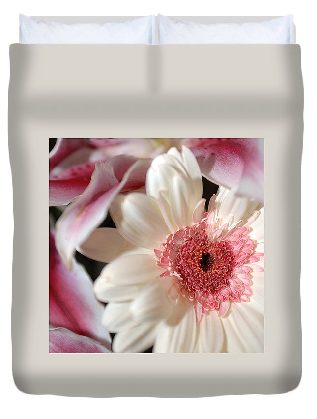 Flower Duvet Cover featuring the photograph Flower Pink-white by Jill Reger
