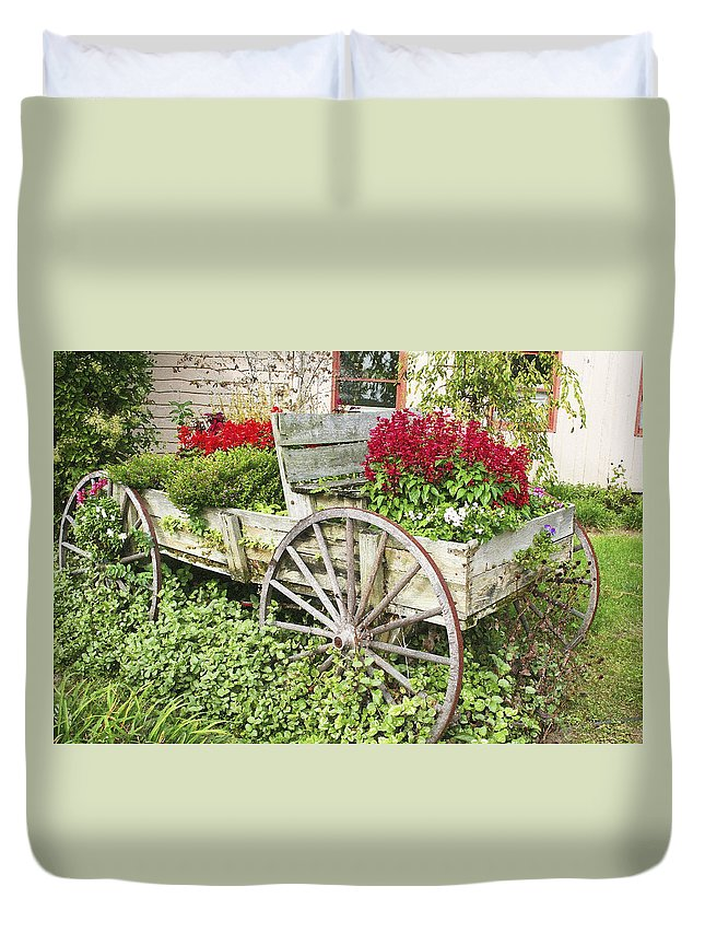 Wagon Duvet Cover featuring the photograph Flower Wagon by Margie Wildblood