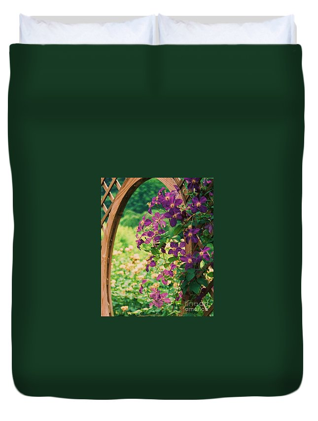 Floral Duvet Cover featuring the painting Flowers On Vine by Eric Schiabor