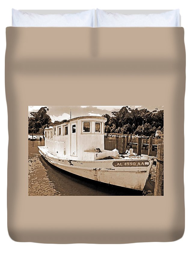 Boat Duvet Cover featuring the painting Fly Creek Work Boat by Michael Thomas