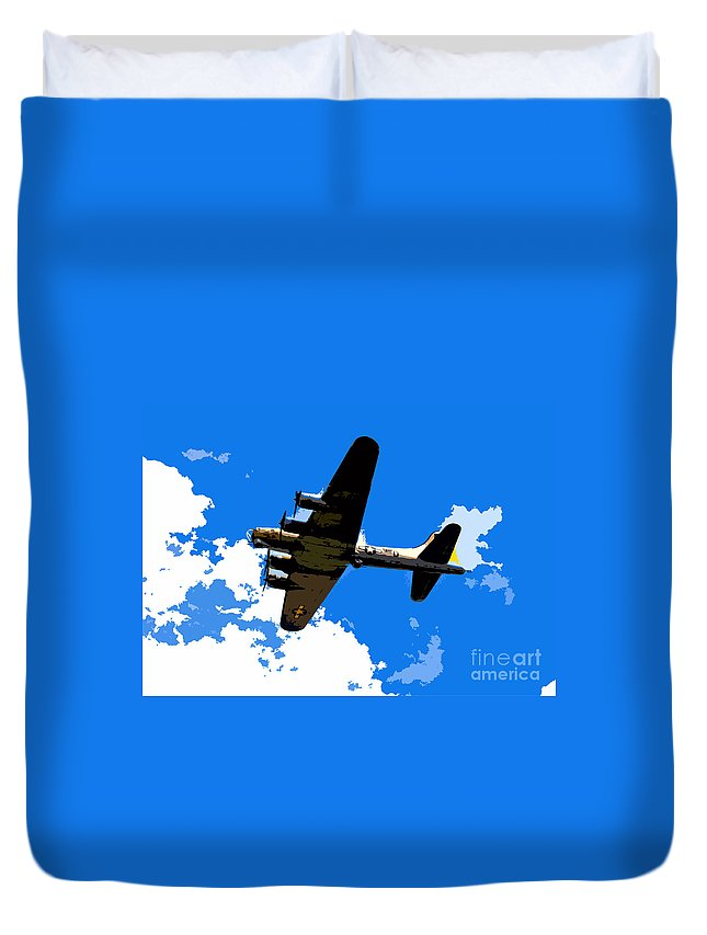 Flying Fortress Duvet Cover featuring the photograph Flying Fortress by David Lee Thompson