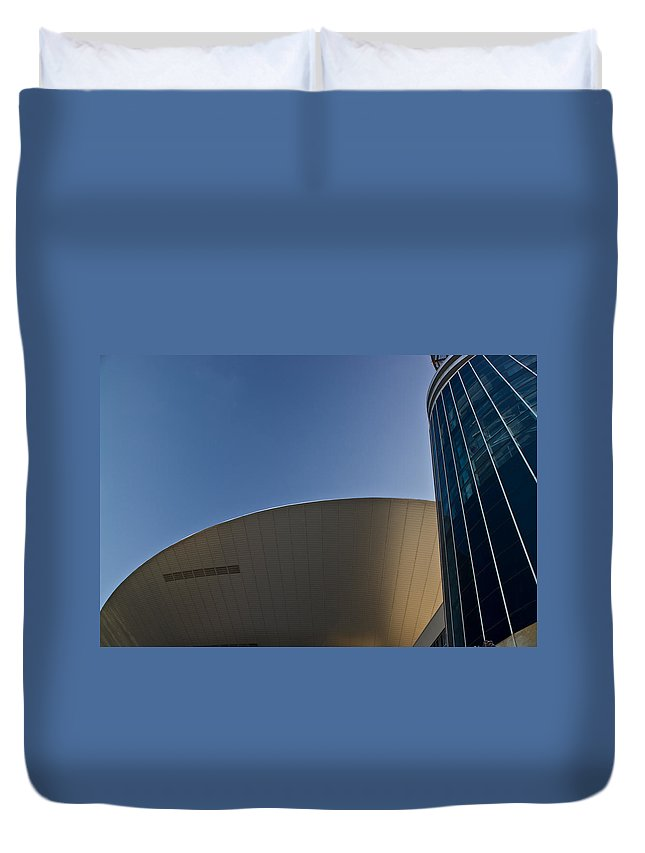 Flying Duvet Cover featuring the photograph Flying Sauser by Douglas Barnett