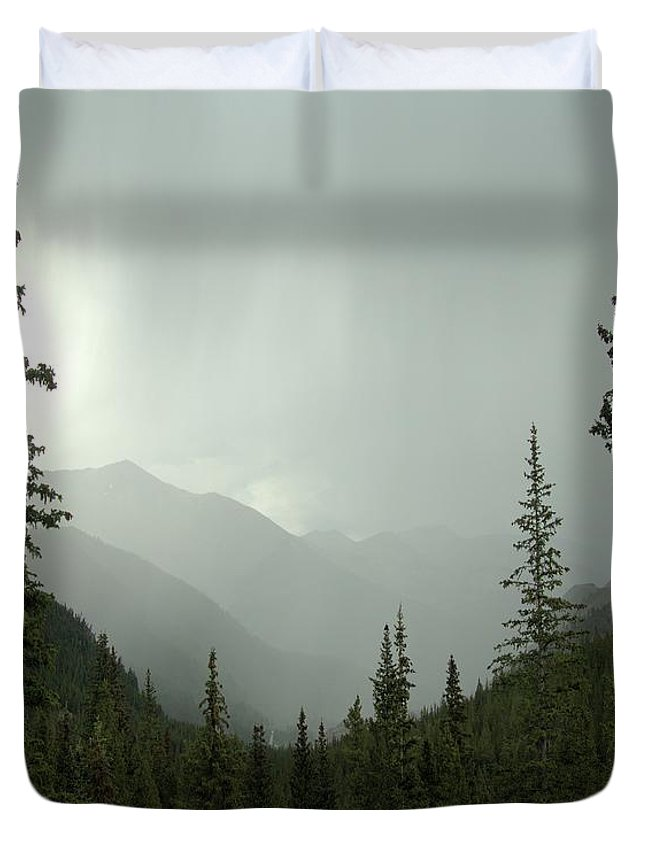 Fog Duvet Cover featuring the photograph Foggy Morning by Steve Edwards