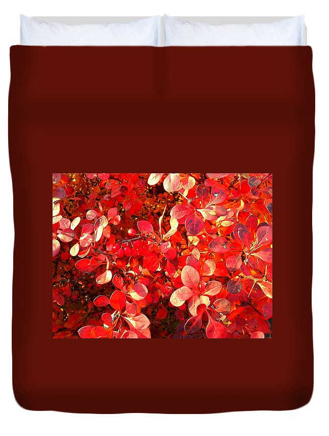 Flower Duvet Cover featuring the photograph Foliage by FL collection