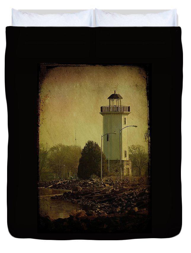 Beacon Duvet Cover featuring the photograph Fond Du Lac Lighthouse by Joel Witmeyer