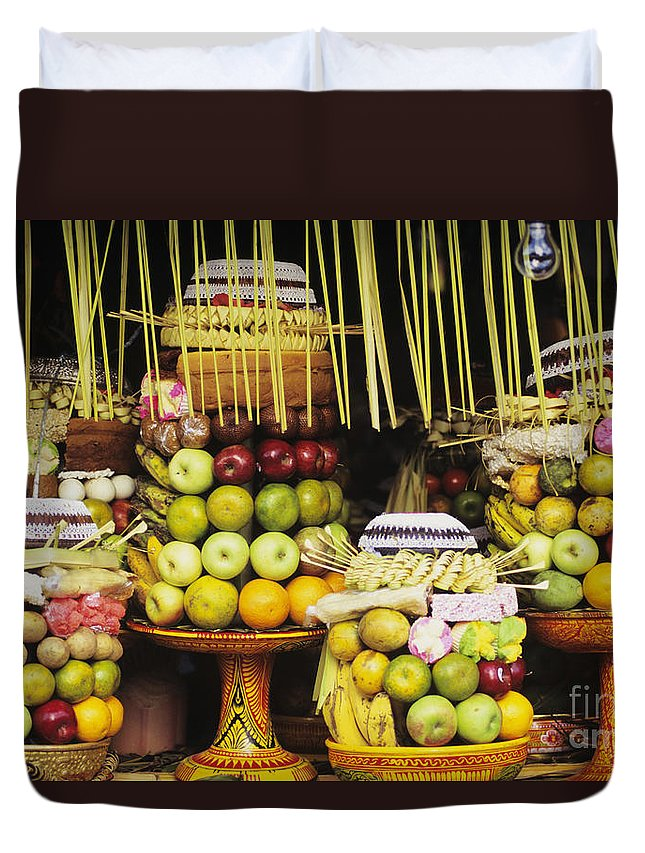 Apple Duvet Cover featuring the photograph Food In Bali by Dana Edmunds - Printscapes