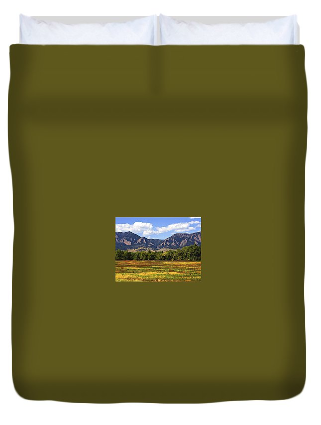 Fall Duvet Cover featuring the photograph Foothills Of Colorado by Marilyn Hunt
