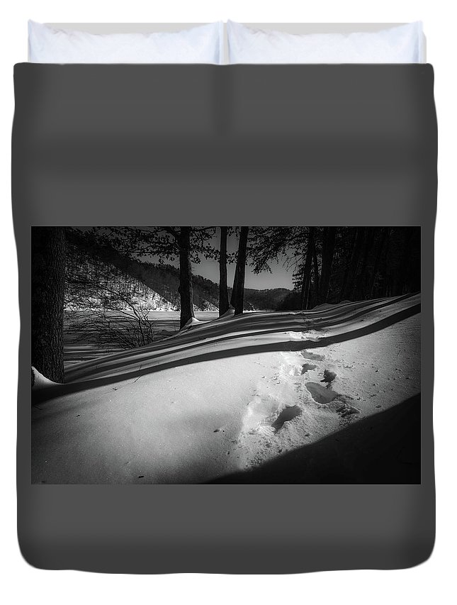 Landscape Duvet Cover featuring the photograph Footprints by Jim Love