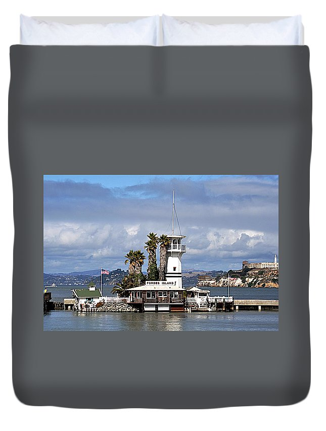 Forbes Island Duvet Cover featuring the photograph Forbes Island by John Hughes