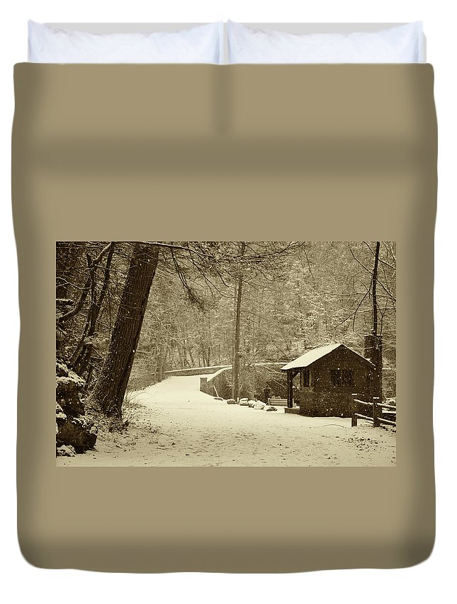 Wissahickon Duvet Cover featuring the photograph Forbidden Drive In Winter by Bill Cannon