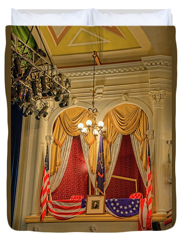Washington Dc Duvet Cover featuring the photograph Ford's Theatre President's Box by Craig Fildes