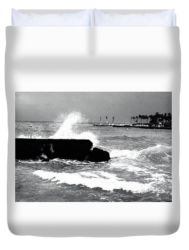 Tide Duvet Cover featuring the photograph Foreboding Tide by Robert Kabeiseman