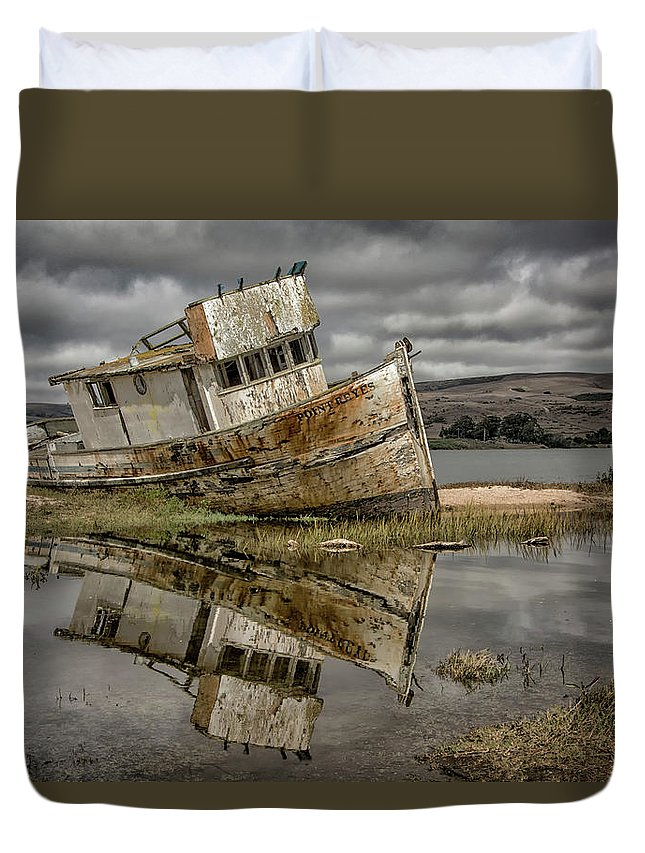 Boat Duvet Cover featuring the photograph Forgotten by Freddie Bommer II