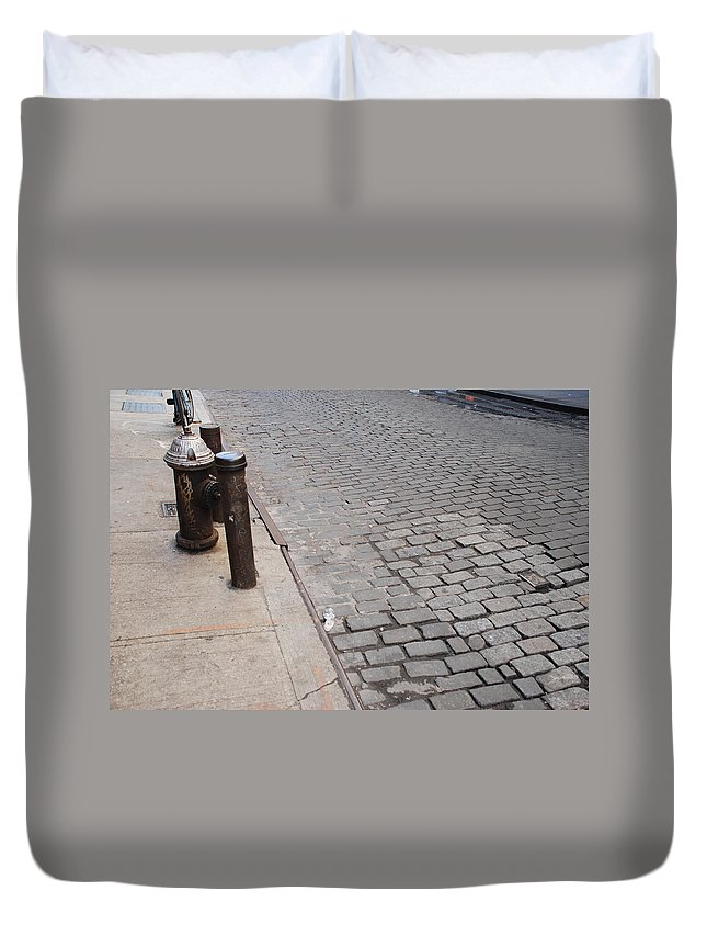Architecture Duvet Cover featuring the photograph Forgotten N Y by Rob Hans