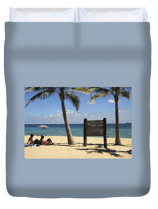 Fort Lauderdale Beach Florida Duvet Cover featuring the photograph Fort Lauderdale Beach by David Lee Thompson