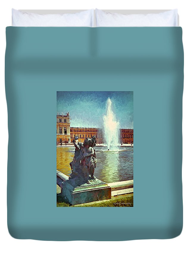 France Duvet Cover featuring the photograph Fountain At Versailles by Gary Nelson