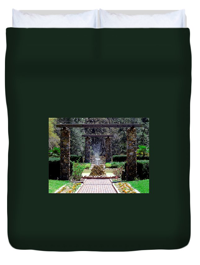 Fountain Duvet Cover featuring the photograph Fountain by Bob Johnson