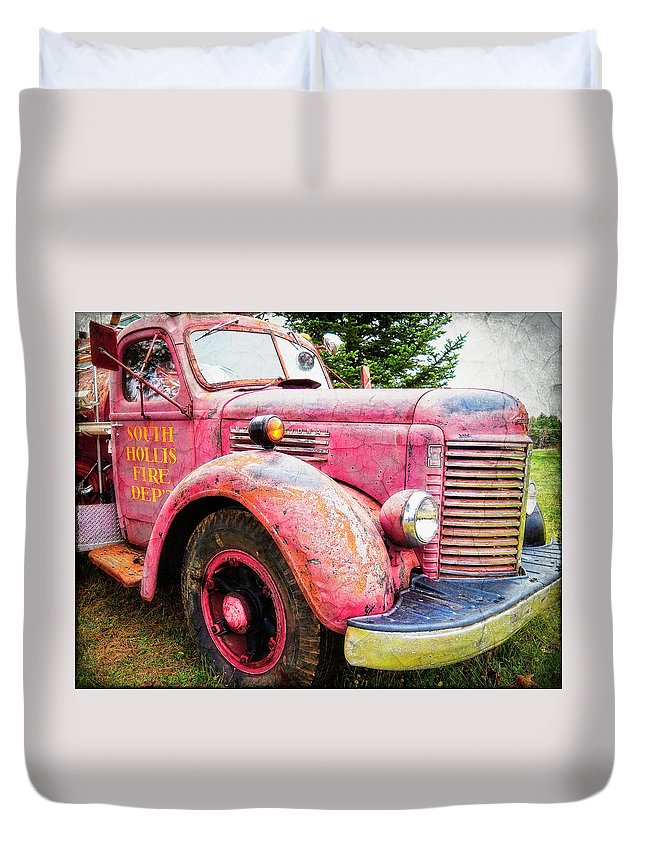 Fire Engine Duvet Cover featuring the photograph Four Alarm Blaze by Gary Shepard