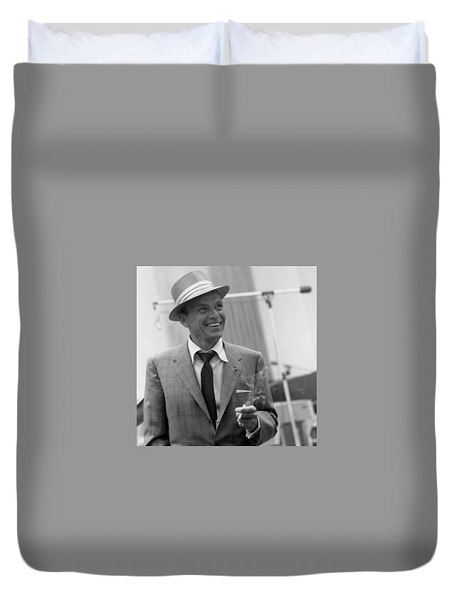 Duvet Cover featuring the photograph Frank Sinatra In Studio by Peter Nowell