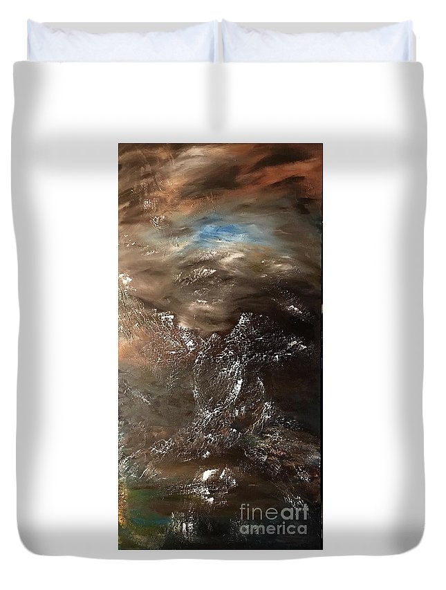 Abstract Duvet Cover featuring the painting Free Spirit by Toni Daniel