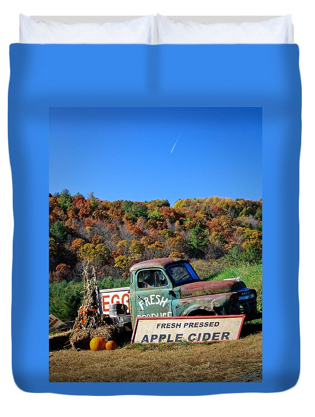 Landscape Duvet Cover featuring the photograph Fresh Mountain Produce by Teresa Mucha