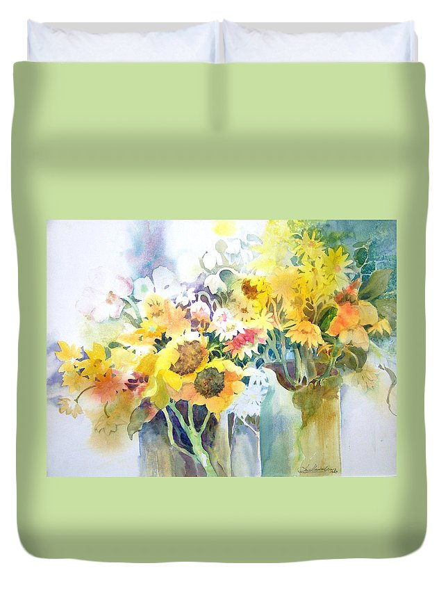 Contemporary;watercolor;sunflowers;daisies;floral; Duvet Cover featuring the painting Fresh-picked by Lois Mountz