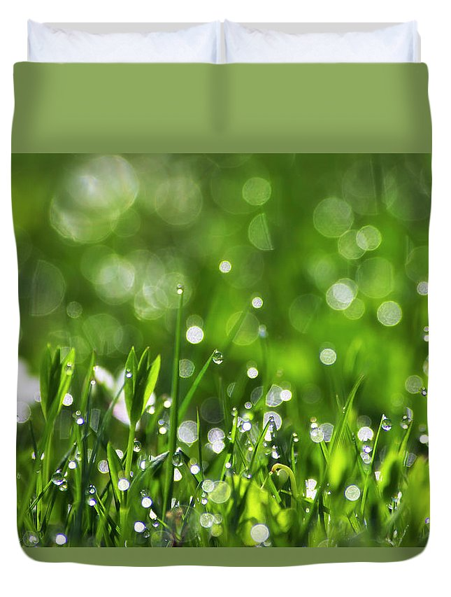 Spring Duvet Cover featuring the photograph Fresh Spring Morning Dew by Christina Rollo