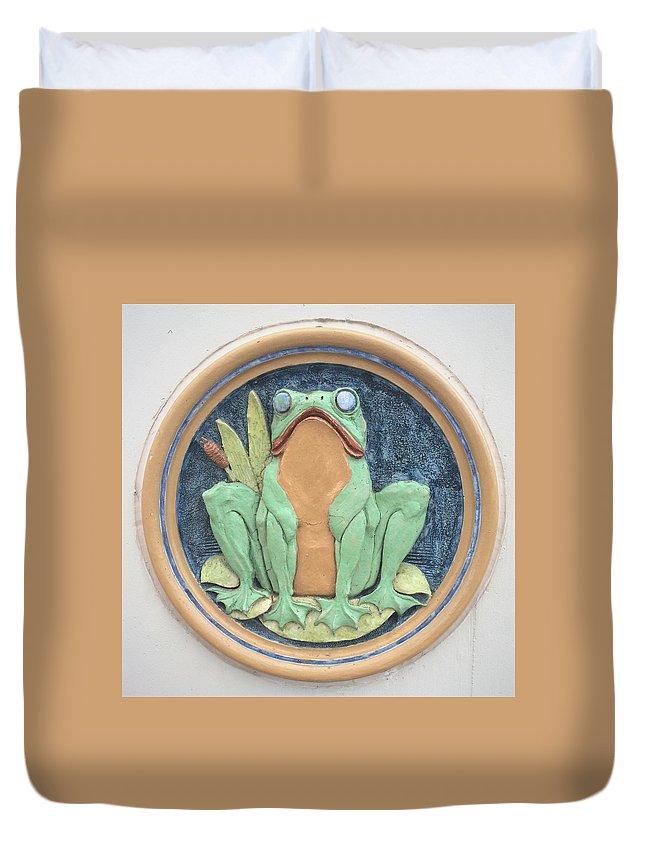 Joseph Skompski Duvet Cover featuring the photograph Frog Ceramic Plaque by Joseph Skompski