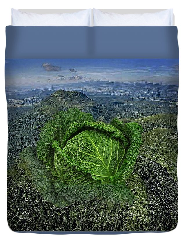 Eat Duvet Cover featuring the photograph Fromnature by Manfred Lutzius