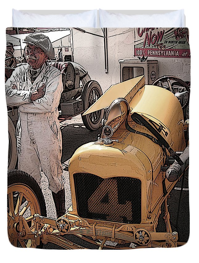 Ford Duvet Cover featuring the photograph Fronty Ford 1915 by Curt Johnson