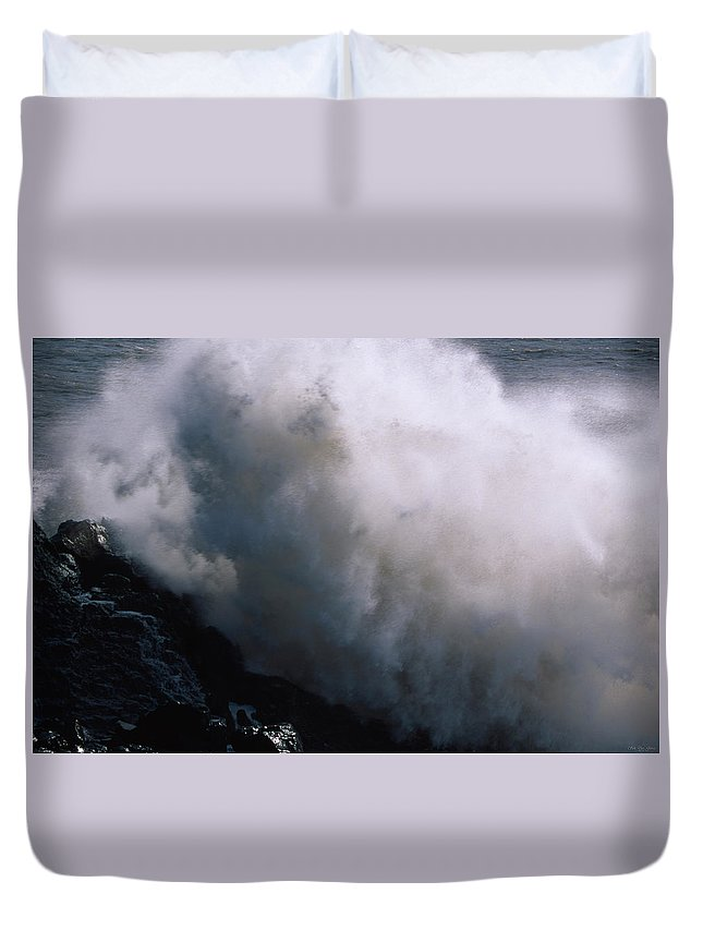 Crashing Surf Duvet Cover featuring the photograph Frozen Motion by Soli Deo Gloria Wilderness And Wildlife Photography